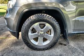 2012 Jeep Grand Cherokee WK MY2012 Laredo Suv Image 2