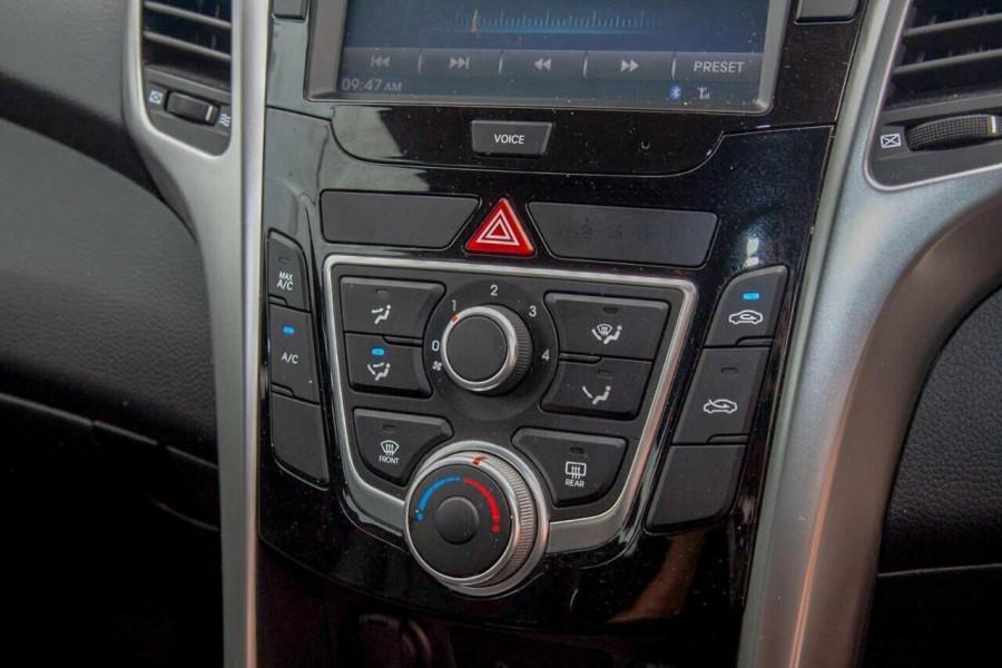 2015 Hyundai i30 GD4 Series 2 Active X Hatchback Image 11