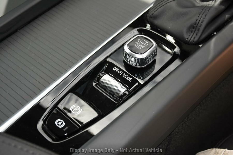 2019 MY20 Volvo XC60 UZ T5 Momentum Suv Mobile Image 14