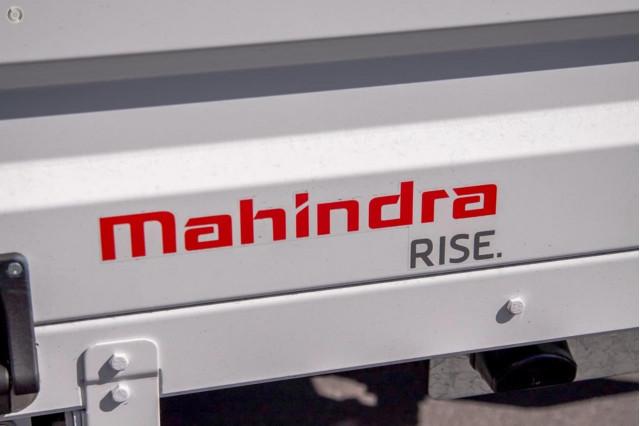 2021 Mahindra Pik-Up (No Series) S6+ Traytop Image 5