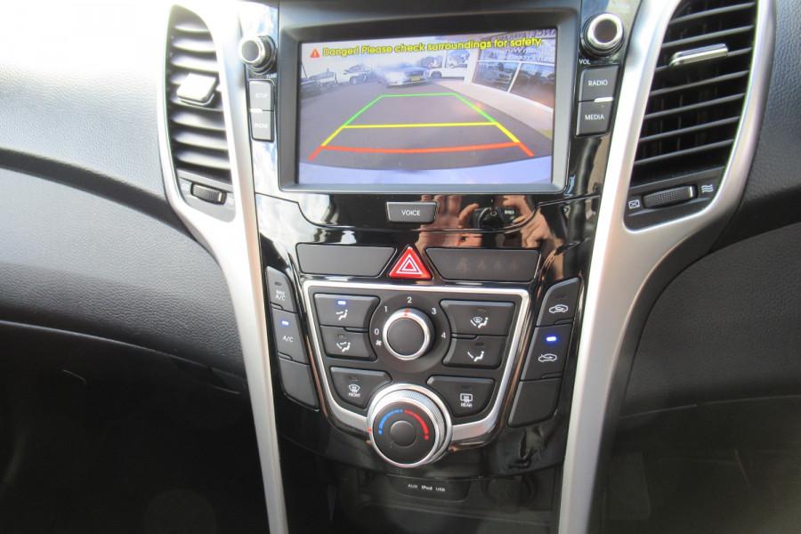 2016 MY17 Hyundai I30 GD4 SERIES II MY17 ACTIVE Hatch Image 13