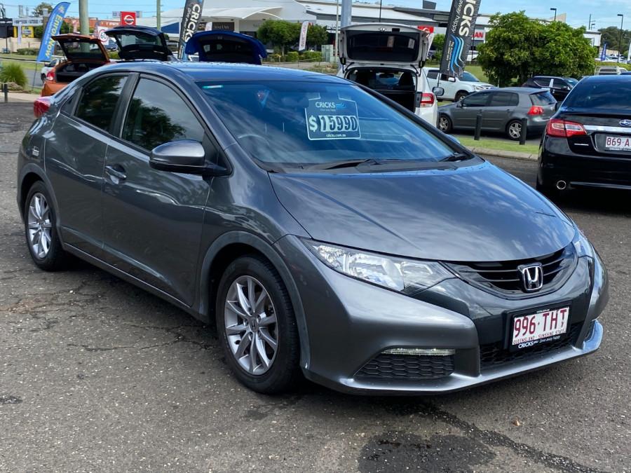 2013 Honda Civic 9th Gen  VTi-S Hatchback Image 1