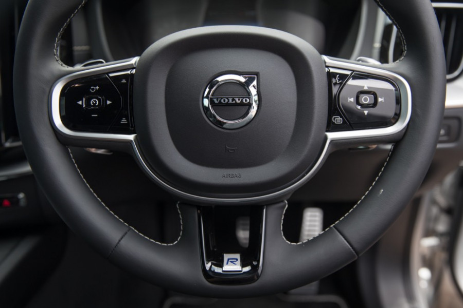 2019 MY20 Volvo XC60 UZ T6 R-Design Suv Image 10