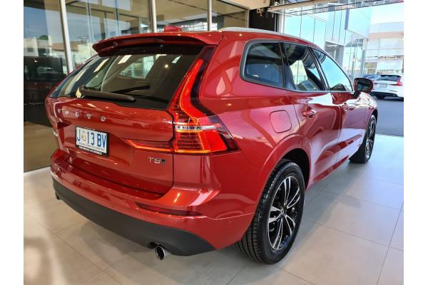 2020 Volvo XC60 (No Series) MY20 T5 Momentum Suv Image 2