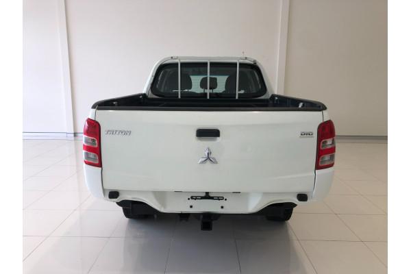 2016 Mitsubishi Triton MQ Turbo GLX Cab chassis Image 5