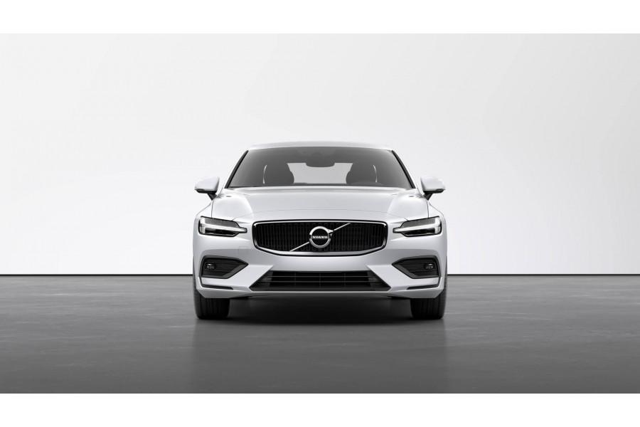 2021 Volvo S60 Z Series T5 Momentum Sedan