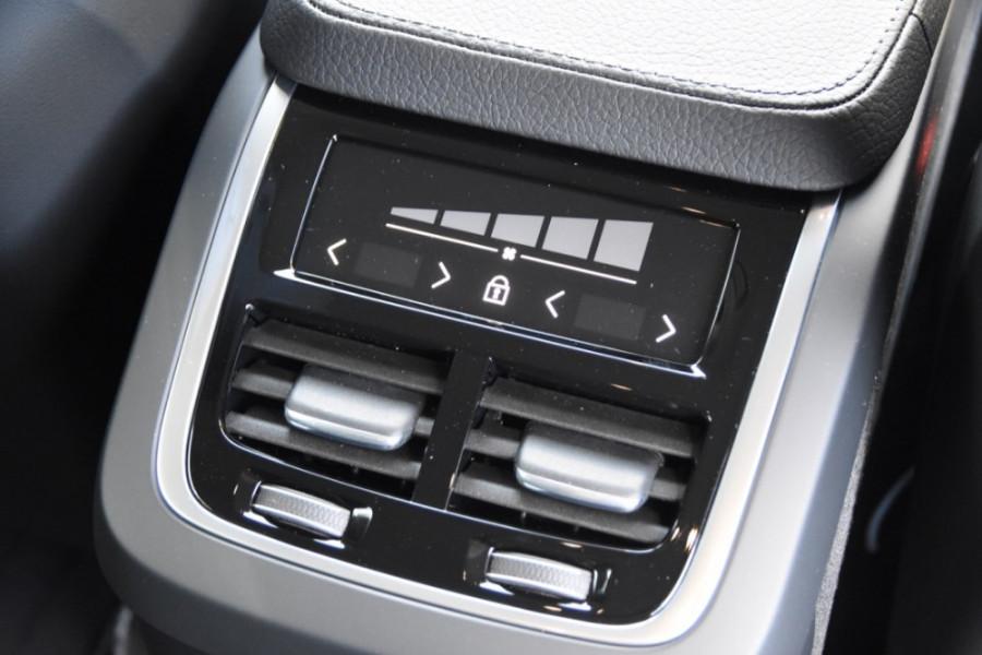 2019 Volvo XC90 L Series T6 Momentum Suv