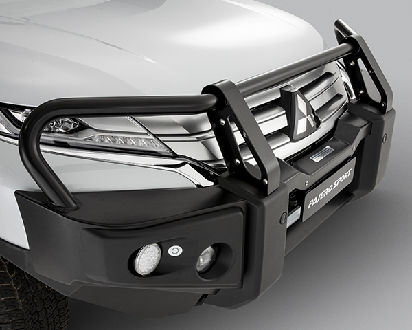 Alloy front protection bar - Black