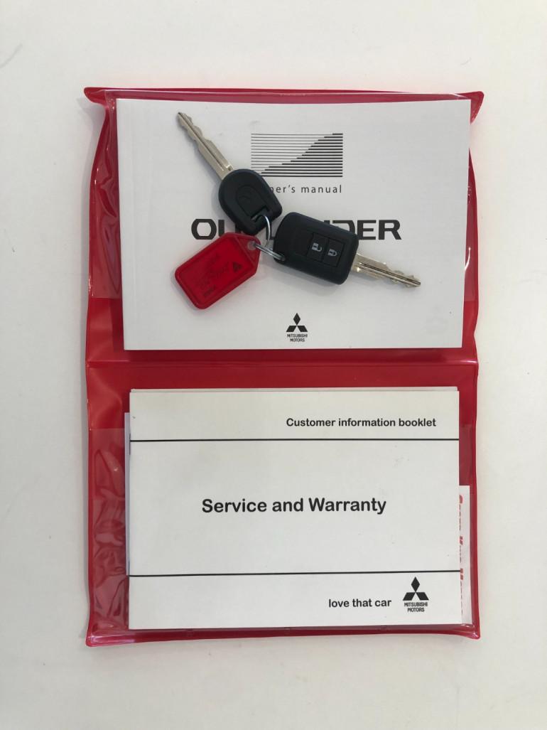 2017 Mitsubishi Outlander ZK LS Suv Image 17