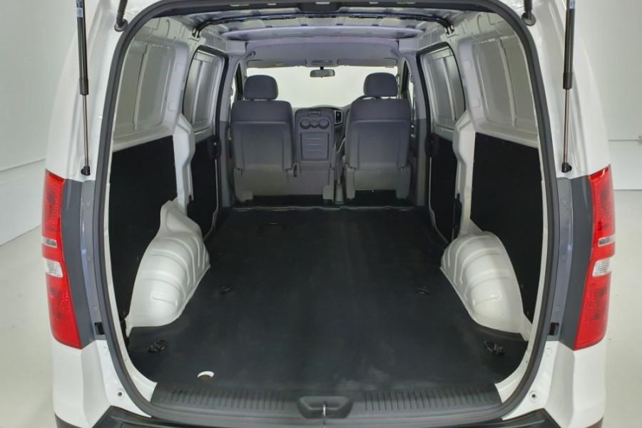 2019 Hyundai iLoad TQ4 Van Van Image 20