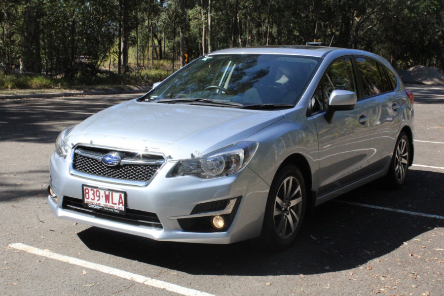 2016 Subaru Impreza 2.0i-L Image 4