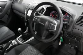 2019 Isuzu Ute D-MAX LS-M Crew Cab Ute 4x4 Utility Image 4