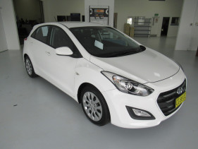 2016 Hyundai I30 GD4 SERIES II MY17 ACTIVE Hatchback Image 4