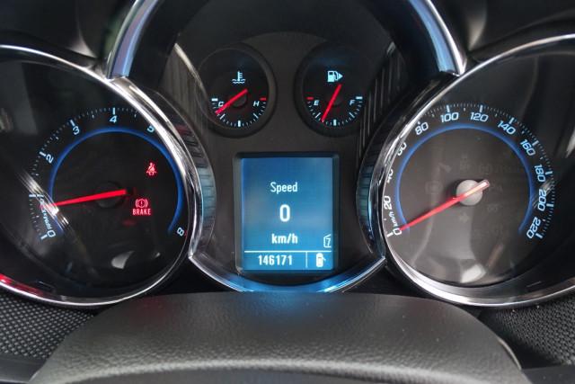2012 Holden Cruze SRi 10 of 22