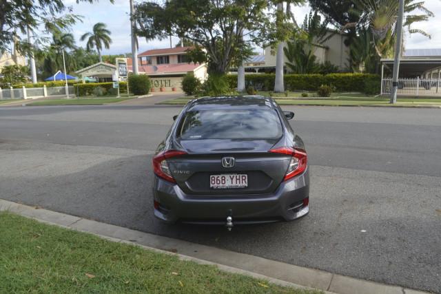 2018 Honda Civic 10 MY18 Sedan Image 5