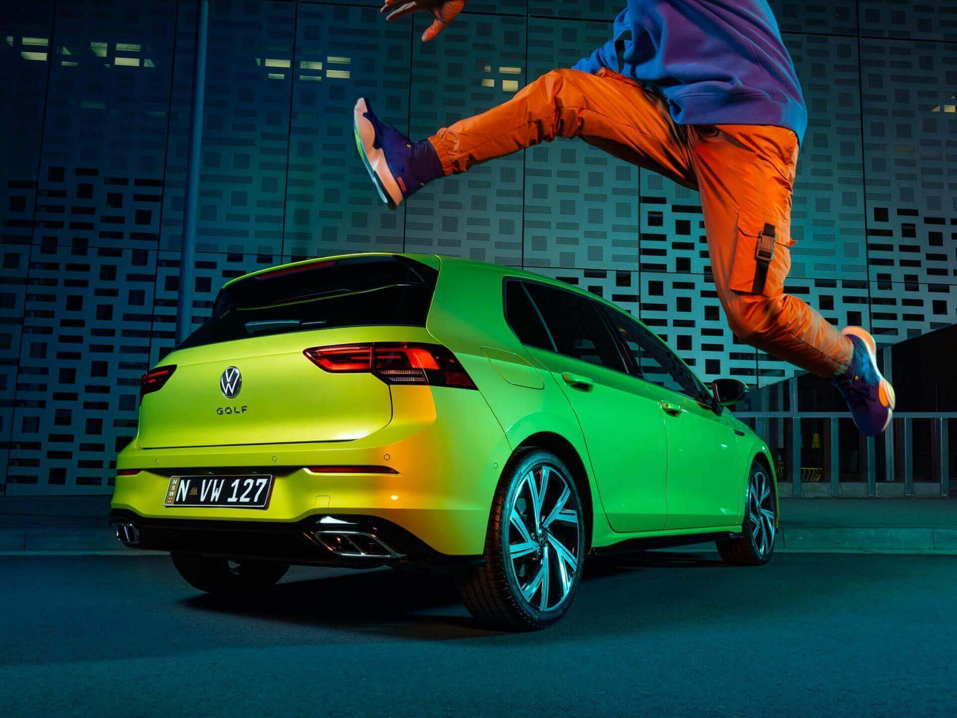 Visibly dynamic, undeniably Golf Exterior Image