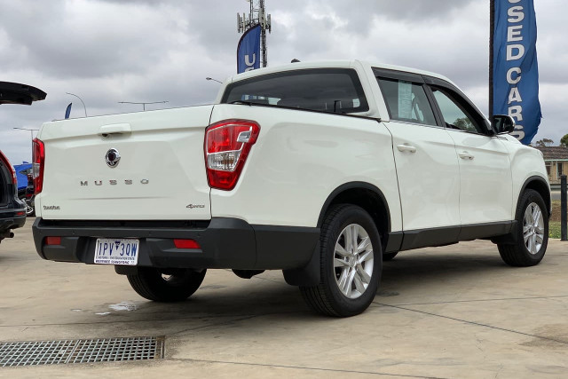 2019 SsangYong Musso Ultimate 2 of 14