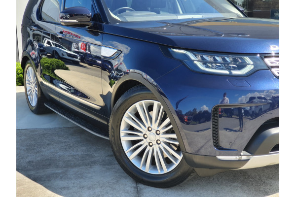 2017 Land Rover Discovery SERIES 5 L462 MY17 TD6 Suv Image 2