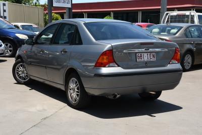 2003 Ford Focus LR MY03 LX Sedan Image 3