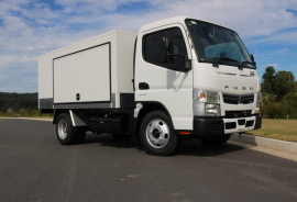Fuso Canter  515 Food Truck - Free Servicing Food Truck