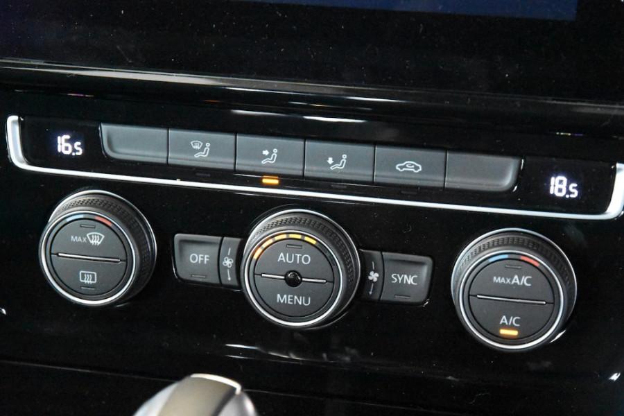 2019 MY19.5 Volkswagen Golf 7.5 GTi Hatchback Image 14