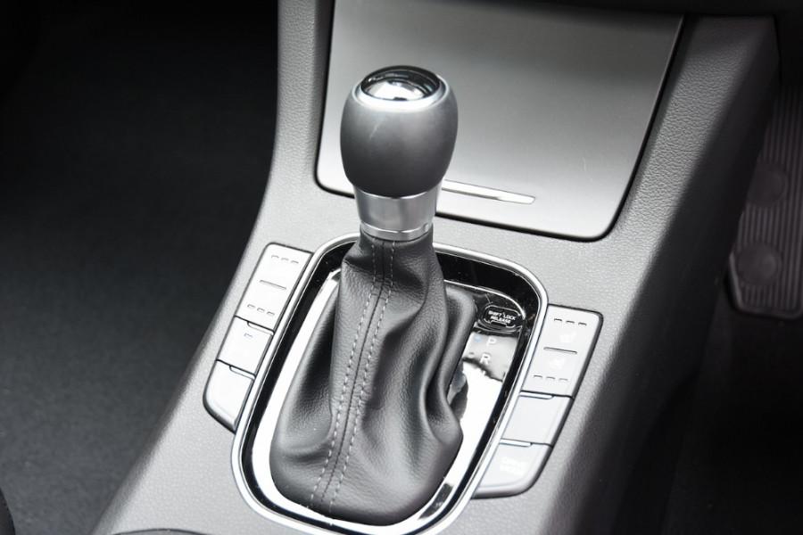 2019 Hyundai i30 PD2 Premium Hatchback Image 13