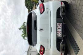 2017 Renault Clio IV B98 Phase 2 R.S. 200 Hatch Image 5