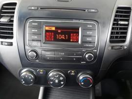 2013 Kia Cerato YD  S Sedan image 13