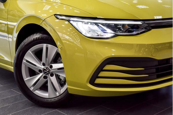 2021 Volkswagen Golf 8 110TSI Golf Hatch Image 5