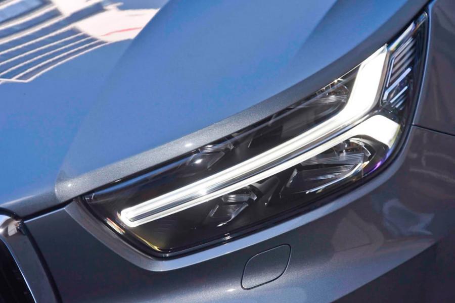 2019 Volvo XC40 T4 Momentum Suv Mobile Image 19