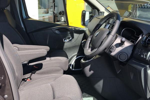 2020 Renault Trafic Crew Lifestyle 2.0L T/D 125kW 6Spd Auto Van Image 4