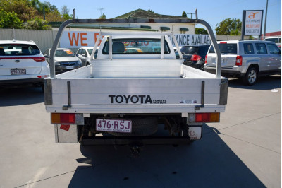 2011 Toyota HiLux TGN16R MY10 Workmate Cab chassis Image 5