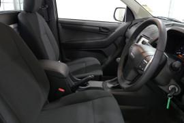 2018 Isuzu UTE D-MAX -- 4x2 SX Single Cab Chassis Low-Ride