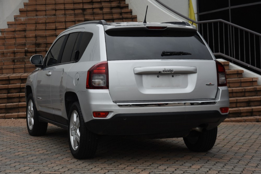 2013 MY14 Jeep Compass MK MY14 North Suv Image 3