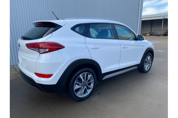 2018 Hyundai Tucson TL Active X Suv Image 3