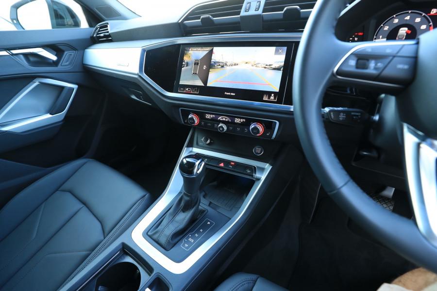 2020 Audi Q3 Image 11