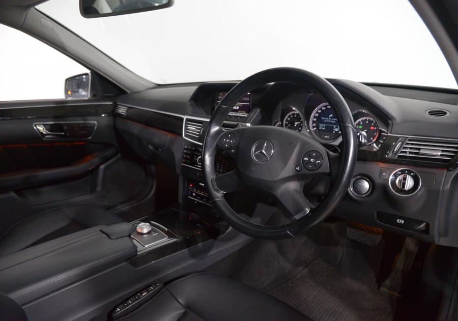 2011 Mercedes-Benz E350 Mercedes-Benz E350 Avantgarde Auto Avantgarde Sedan