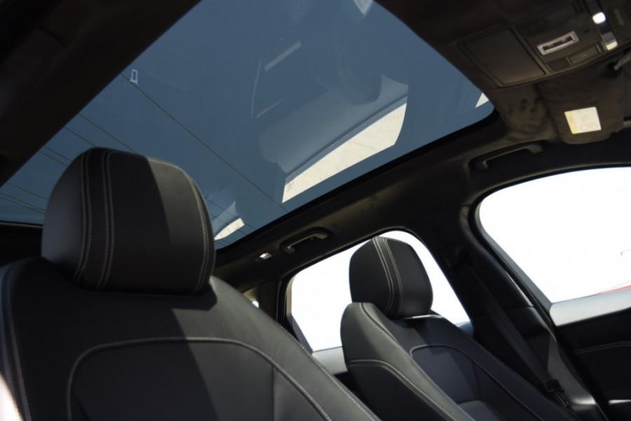 2019 MY20 Jaguar F-PACE X761 R-Sport Suv Image 19
