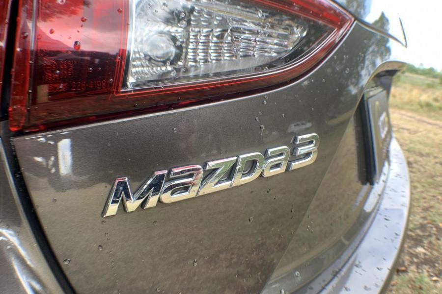 2014 Mazda 3 BM5438 SP25 Hatch Image 19