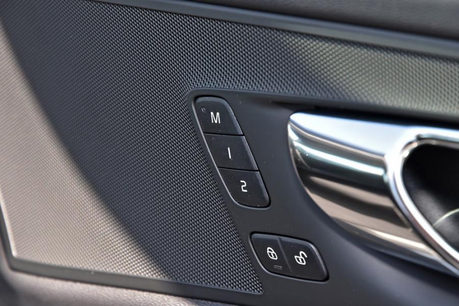 2019 Volvo XC60 UZ T5 Momentum Suv Mobile Image 22