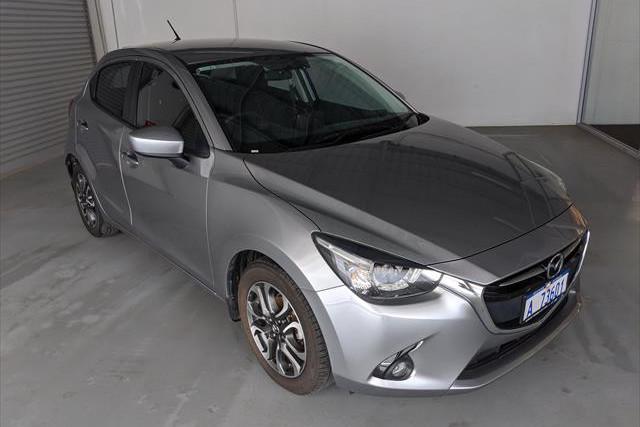 2016 Mazda Mazda2 DJ2HA6 Genki Hatchback Image 3