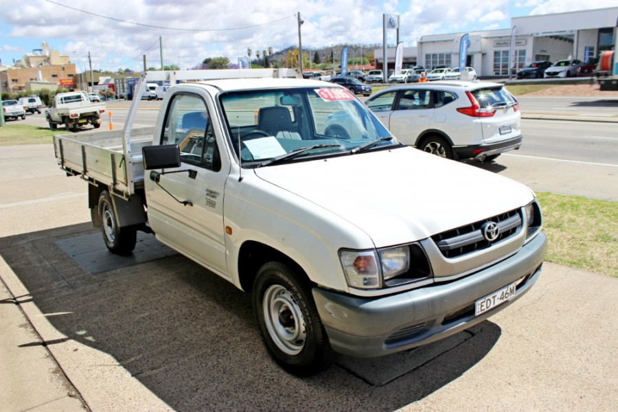 2004 Toyota HiLux RZN149R  Cab chassis - single cab