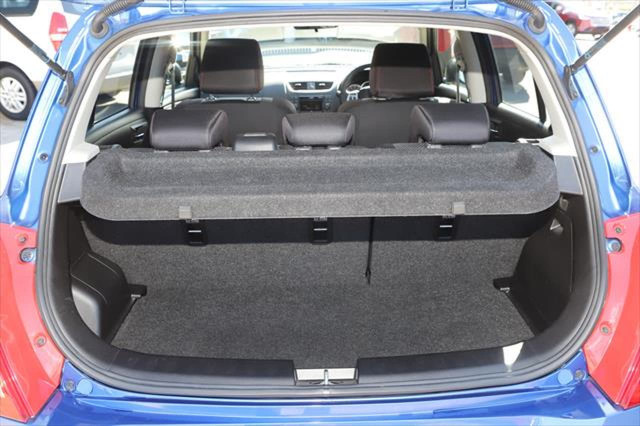 2012 Suzuki Swift FZ Sport Hatchback Image 5