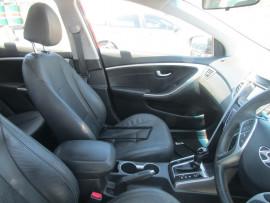 2014 Hyundai i30 GD2 Trophy Hatchback Image 5