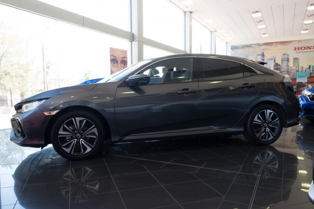 2019 Honda Civic Hatchback Image 4