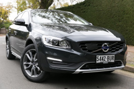 Volvo V60 Cross Country T5 (No Series) MY18
