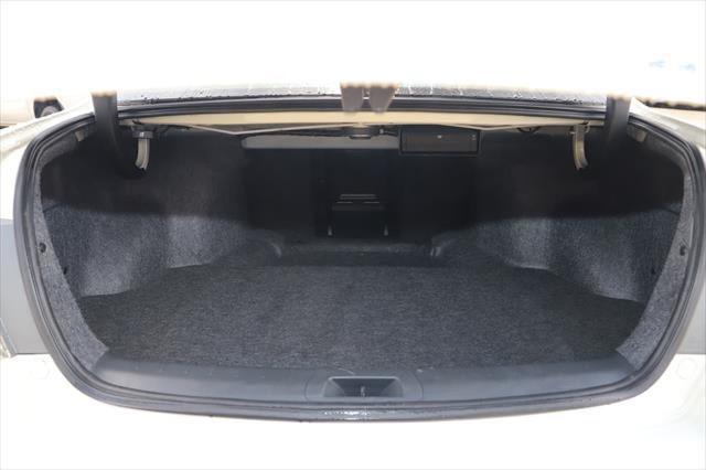 2011 Honda Accord 8th Gen MY10 VTi-L Sedan Image 4