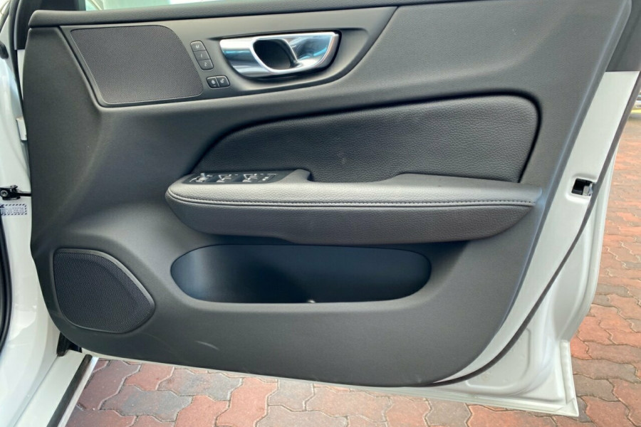 2019 MY20 Volvo V60 F-Series T5 Inscription Wagon Image 6