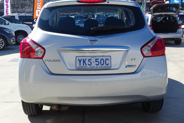 2014 Nissan Pulsar Hatch ST 8 of 29