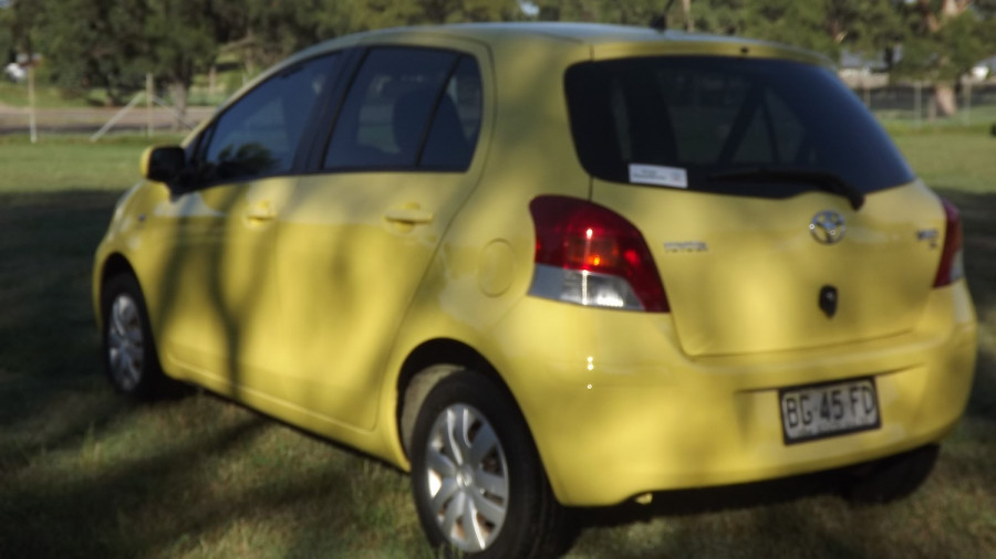 2010 Toyota Yaris NCP90R YR Hatchback Image 5